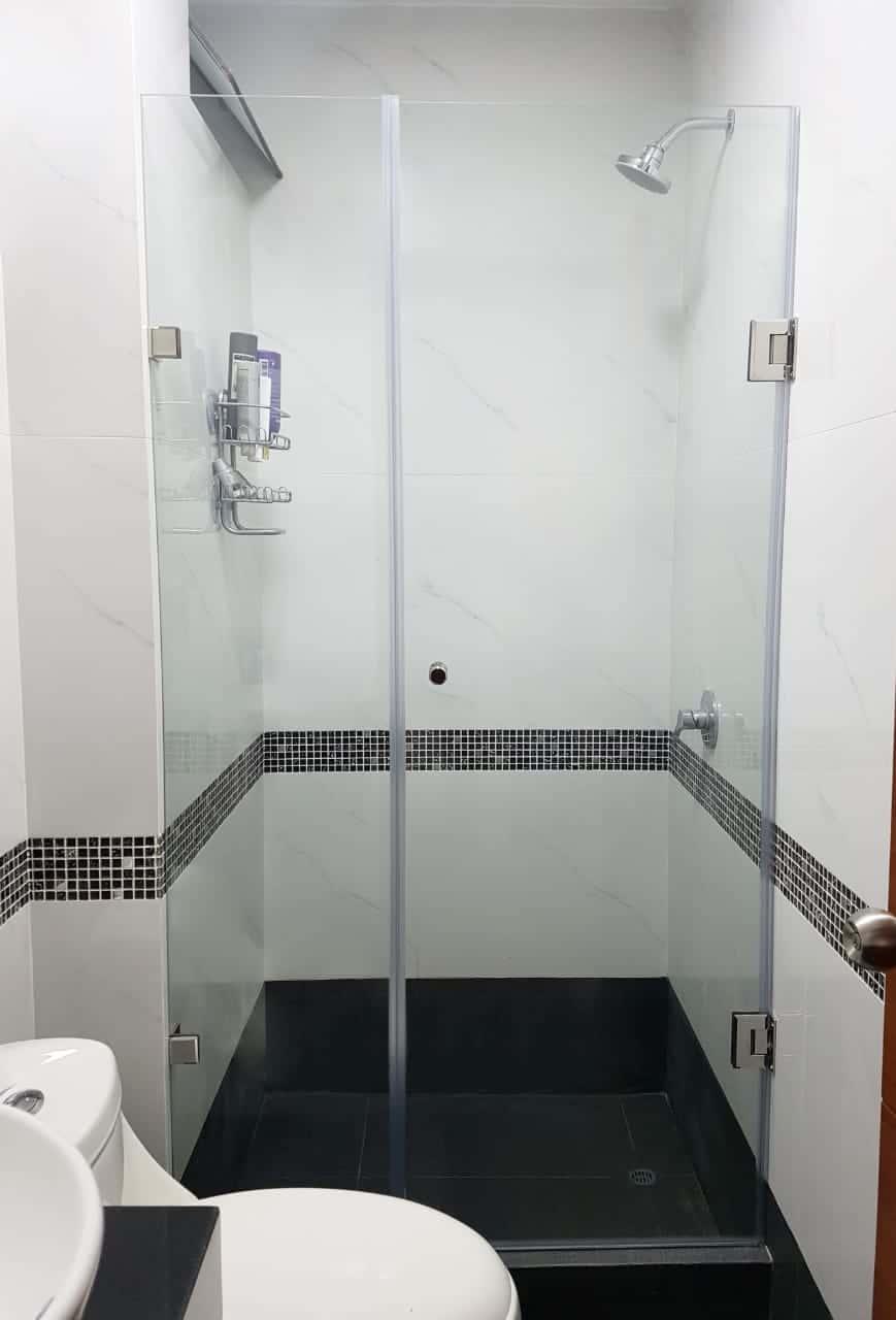 division de baño premium 1